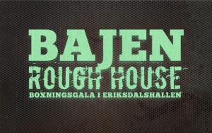 Bajen Rough House logo mot rostig bakgrund